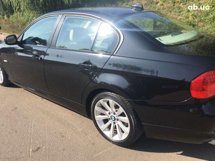 BMW 3 серия 2010 черный - фото 14