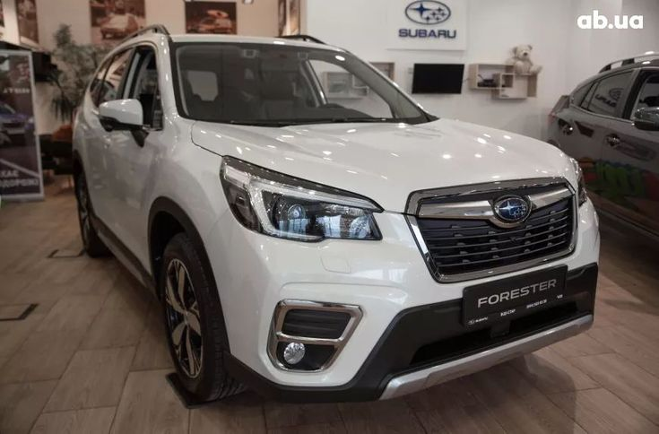 Subaru Forester 2020 белый - фото 1