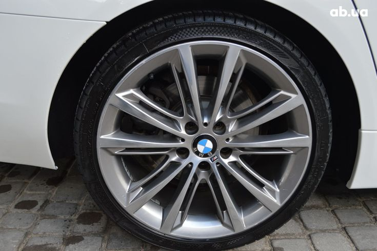 BMW 5 серия 2013 белый - фото 5