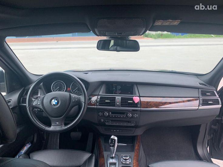 BMW X5 2011 - фото 9
