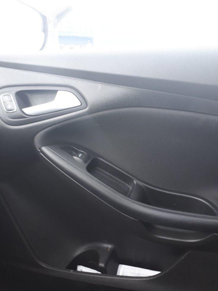 Ford Focus 2015 серый - фото 12
