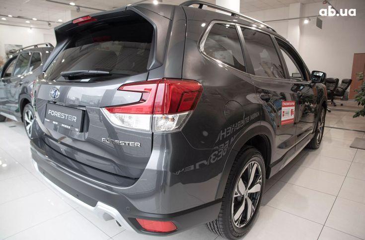 Subaru Forester 2020 серый - фото 4