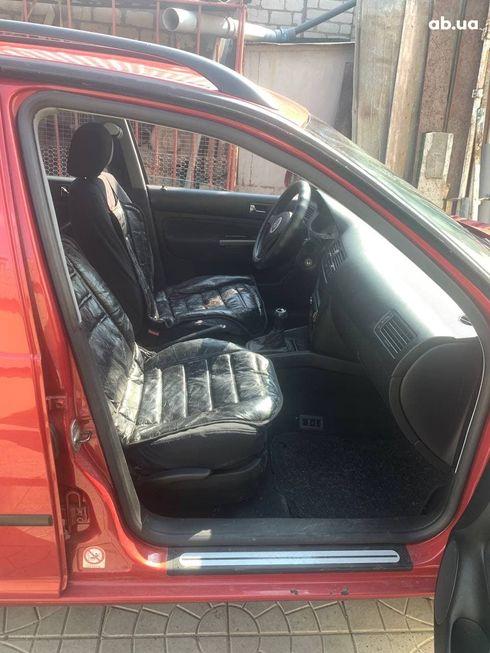 Volkswagen Bora 2004 красный - фото 6
