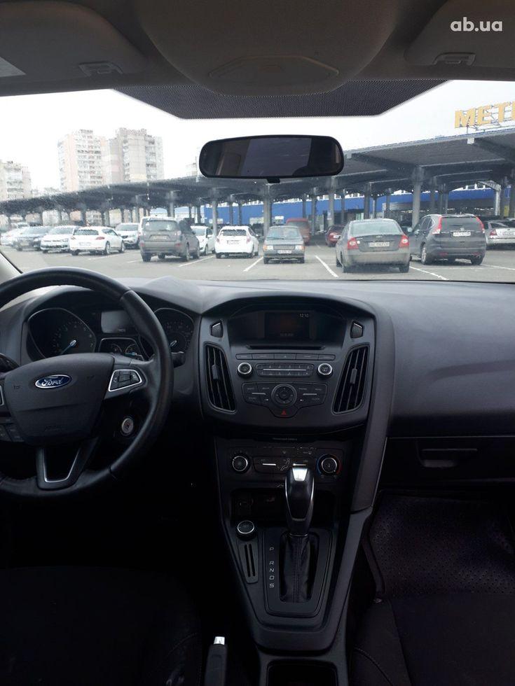 Ford Focus 2015 серый - фото 13