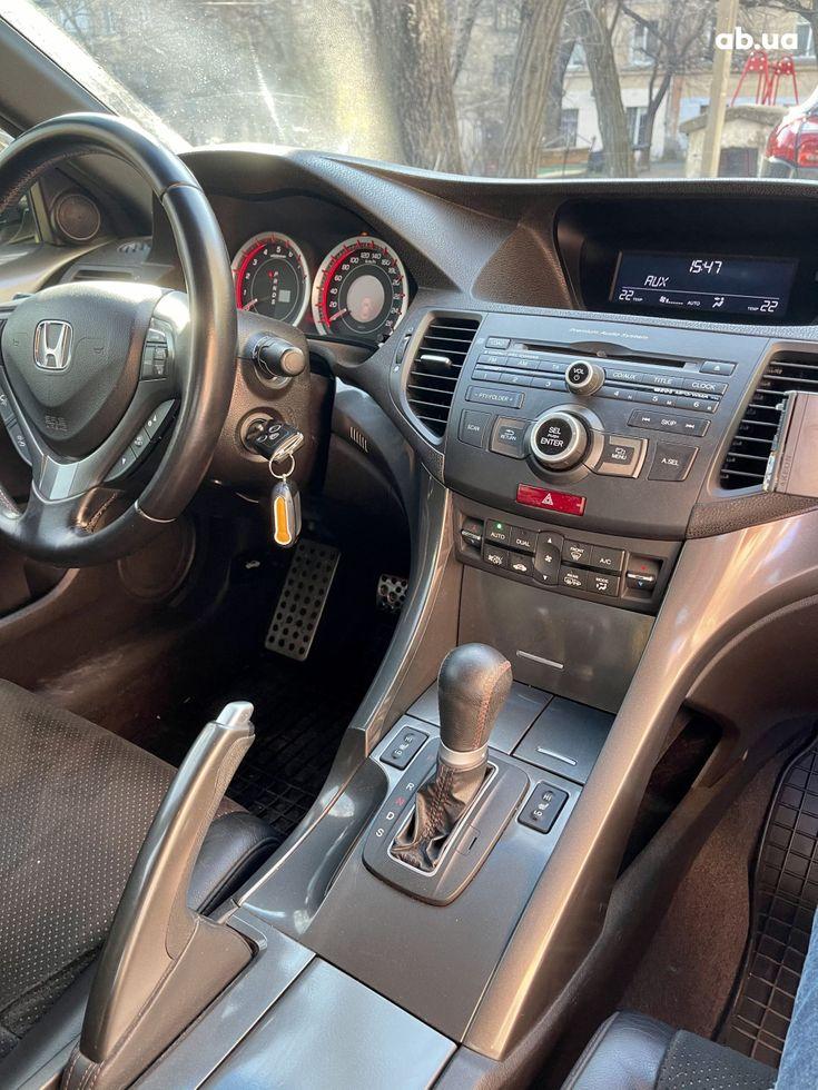 Honda Accord 2012 черный - фото 11