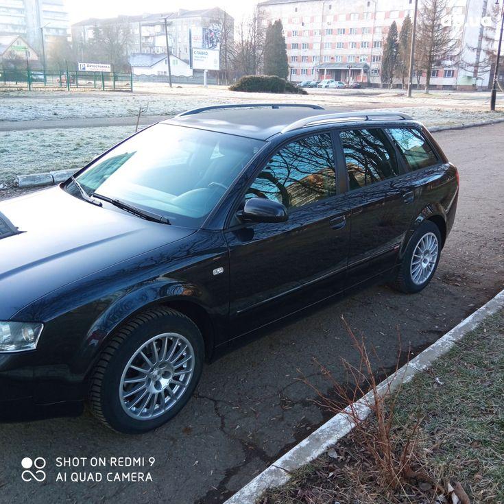 Audi A4 2004 черный - фото 7