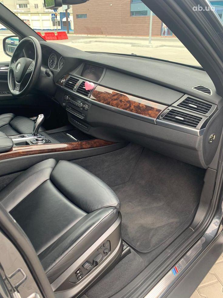 BMW X5 2011 - фото 13