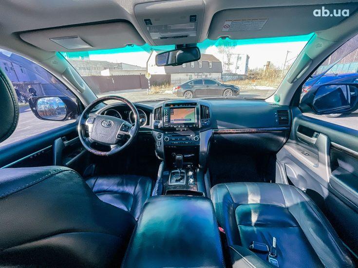 Toyota Land Cruiser 2011 черный - фото 14