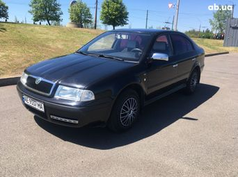 Автомобиль бензин Шкода Octavia 2004 года б/у - купить на Автобазаре