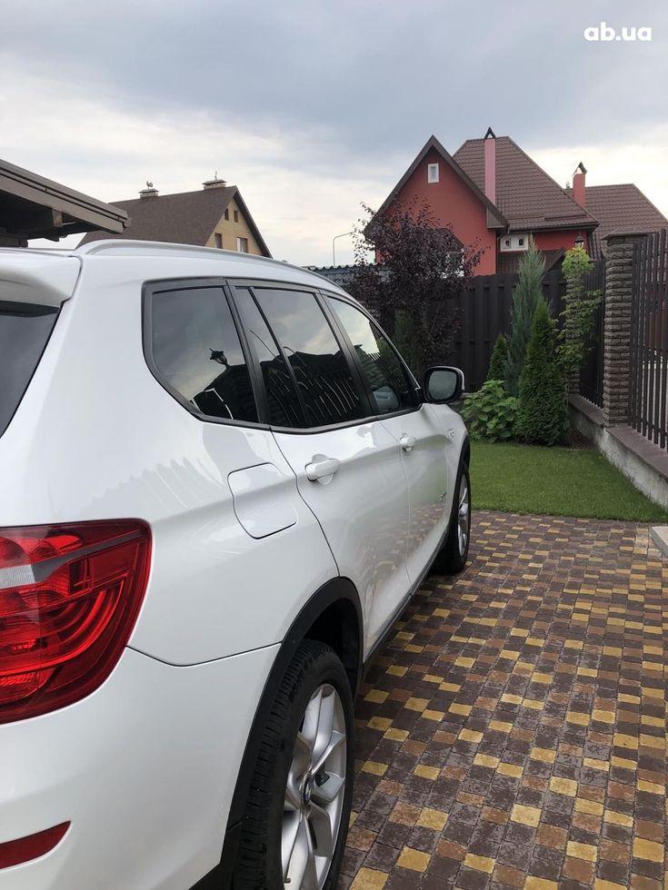 BMW X3 2011 белый - фото 3