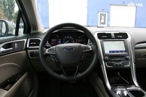 Ford Fusion 2017 серый - фото 14