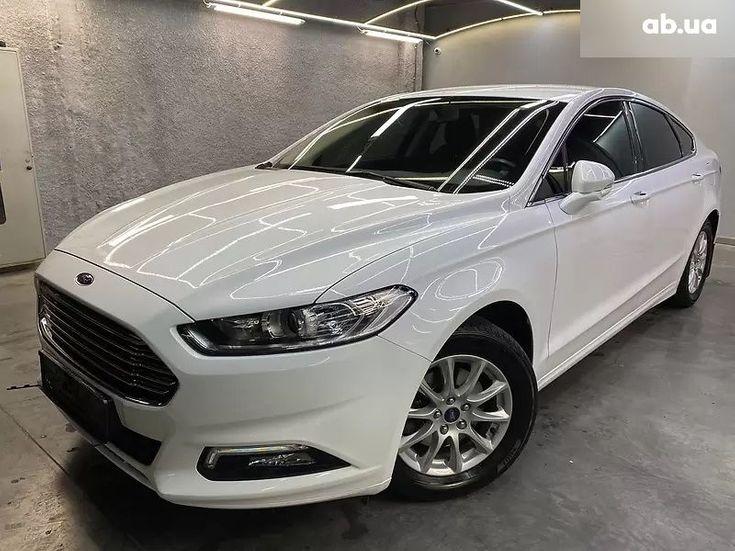 Ford Mondeo 2019 белый - фото 6