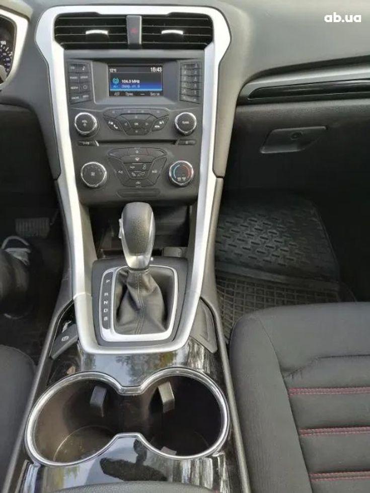 Ford Fusion 2014 белый - фото 8