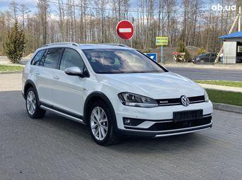 Автомобиль дизель Фольксваген Golf 2015 года б/у - купить на Автобазаре