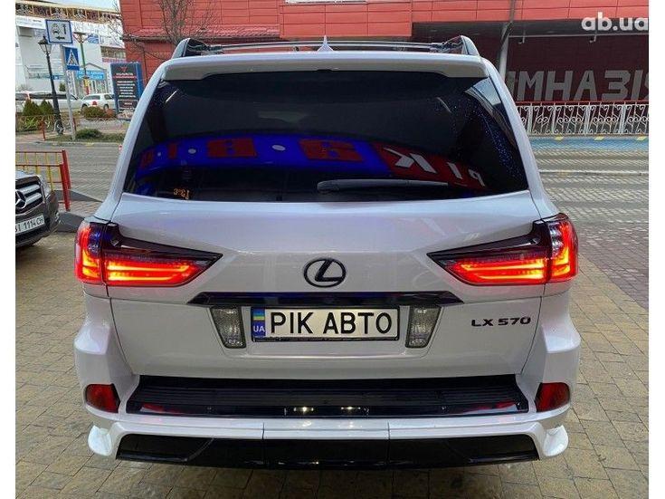 Lexus LX 2013 белый - фото 5