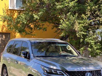 Автомобиль бензин Лексус LX б/у - купить на Автобазаре