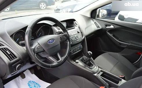 Ford Focus 2017 белый - фото 13