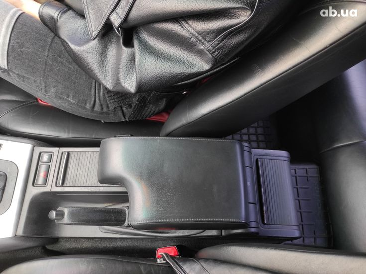 BMW 3 серия 2003 черный - фото 11