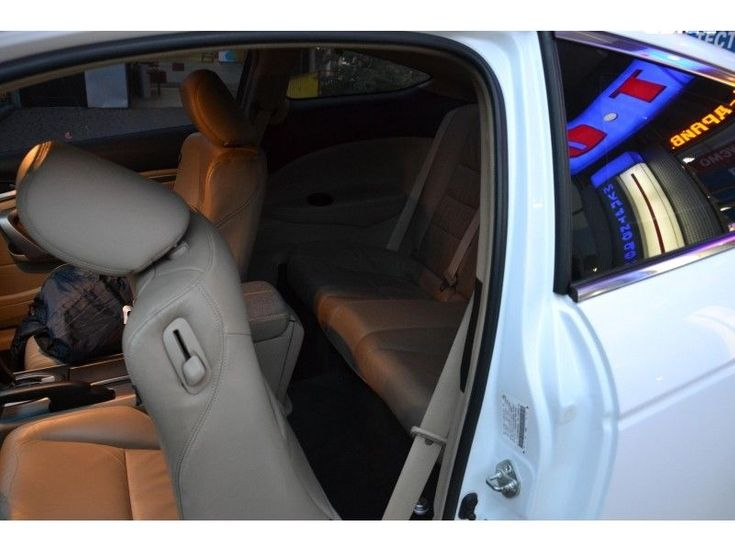 Honda Accord 2009 белый - фото 7