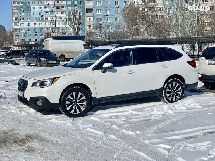 Subaru Outback 2017 белый - фото 4