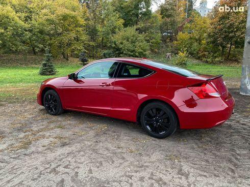 Honda Accord 2012 красный - фото 12