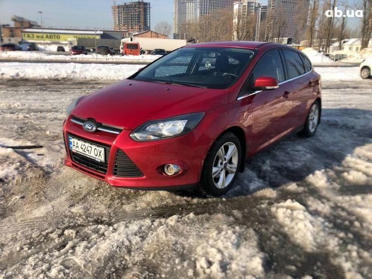 Ford Focus 2012 красный - фото 3
