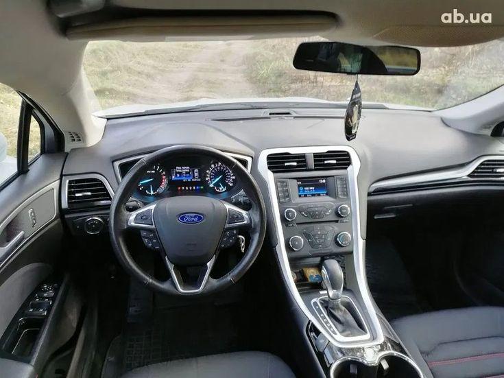 Ford Fusion 2014 белый - фото 7