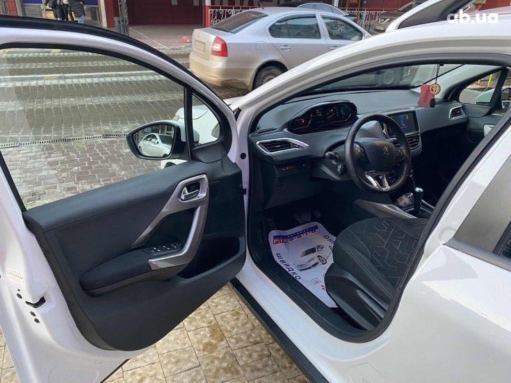 Peugeot 2008 2014 белый - фото 6