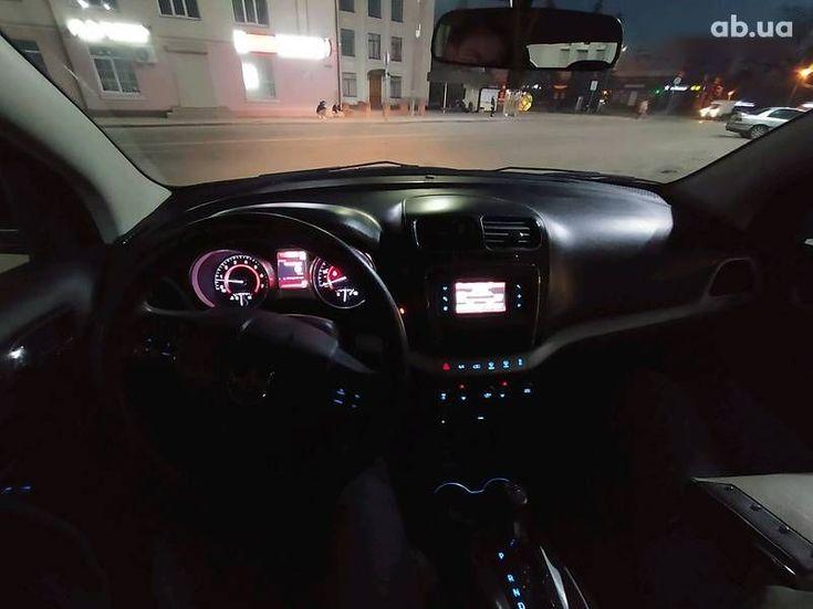 Dodge Journey 2015 серый - фото 11