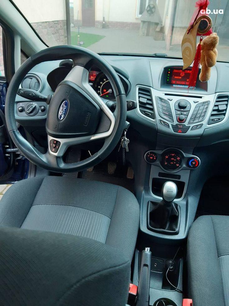 Ford Fiesta 2011 синий - фото 7