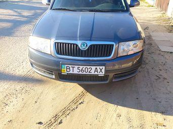 Автомобиль бензин Шкода Superb 2006 года б/у - купить на Автобазаре
