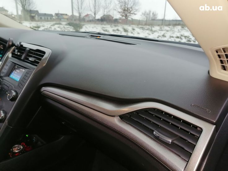 Ford Mondeo 2020 серебристый - фото 4