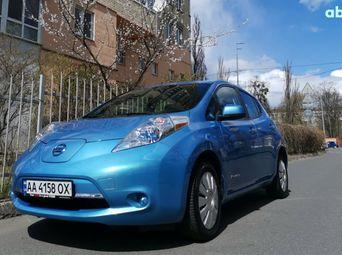 Продажа б/у хетчбэк Nissan Leaf 2013 года - купить на Автобазаре