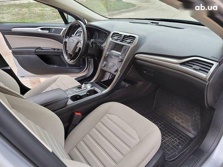 Ford Fusion 2019 серый - фото 3