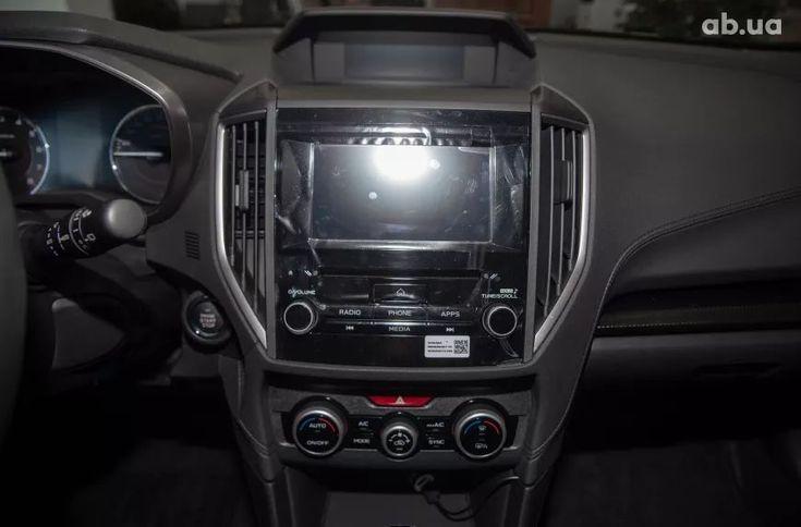 Subaru XV 2020 белый - фото 11