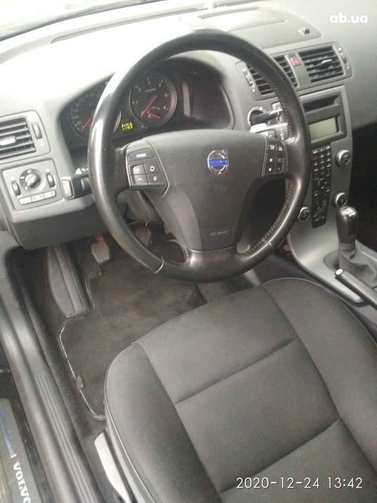 Volvo V50 2009 черный - фото 16