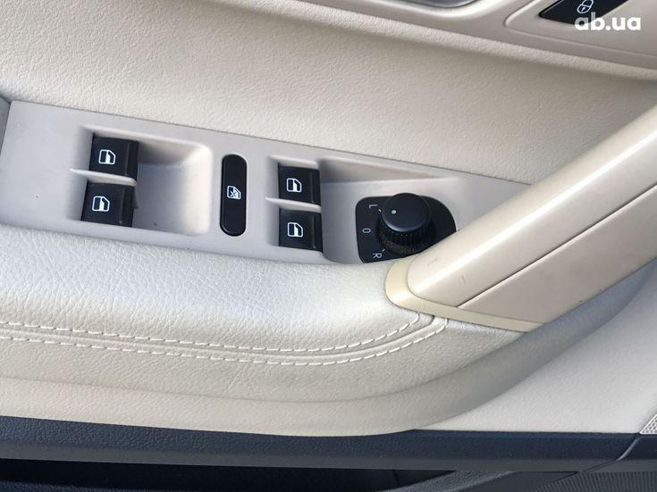 Volkswagen Passat CC 2014 - фото 4