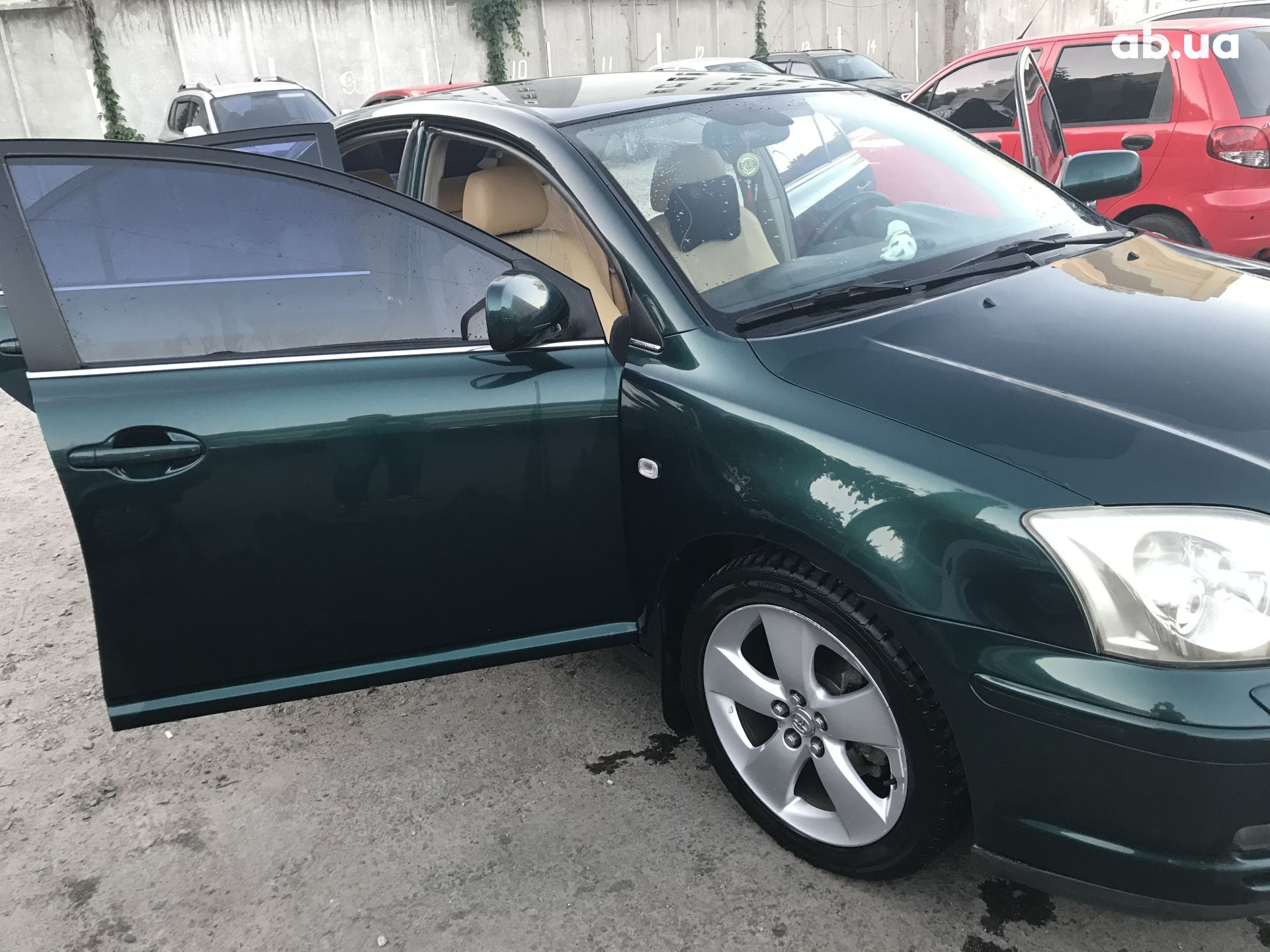 Used Toyota Avensis 1.8